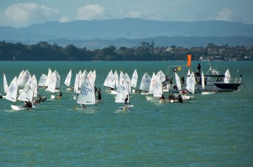 2016 03 29 Auckland to Waiheke Ferry-114
