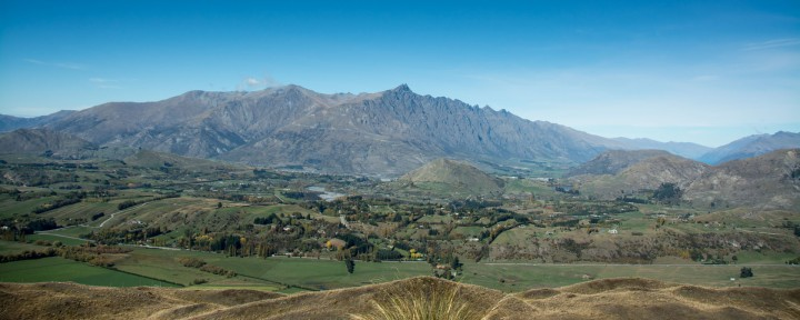 0 title Arrowtown Remarkables-100