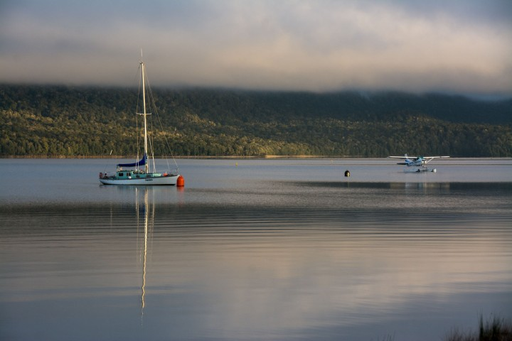 2016 04 21 Te Anau Waterfront Sunrise (112)