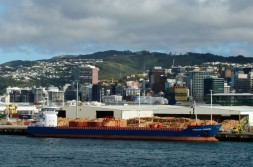 206 05 06 Ferry to Wellington (174)