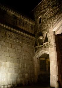 quebec-city-night-arch-st-johns