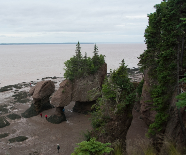 Bay of Fundy Rocks and house (7 of 22)