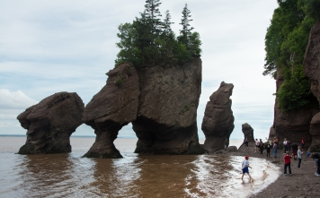 Bay of Fundy Rocks and house (8 of 22)